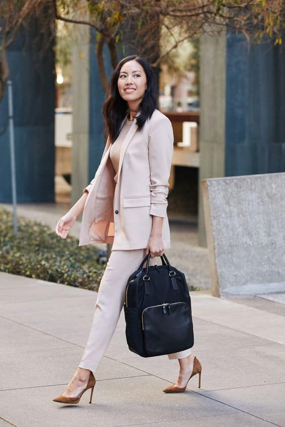 choose the right handbag for your star sign