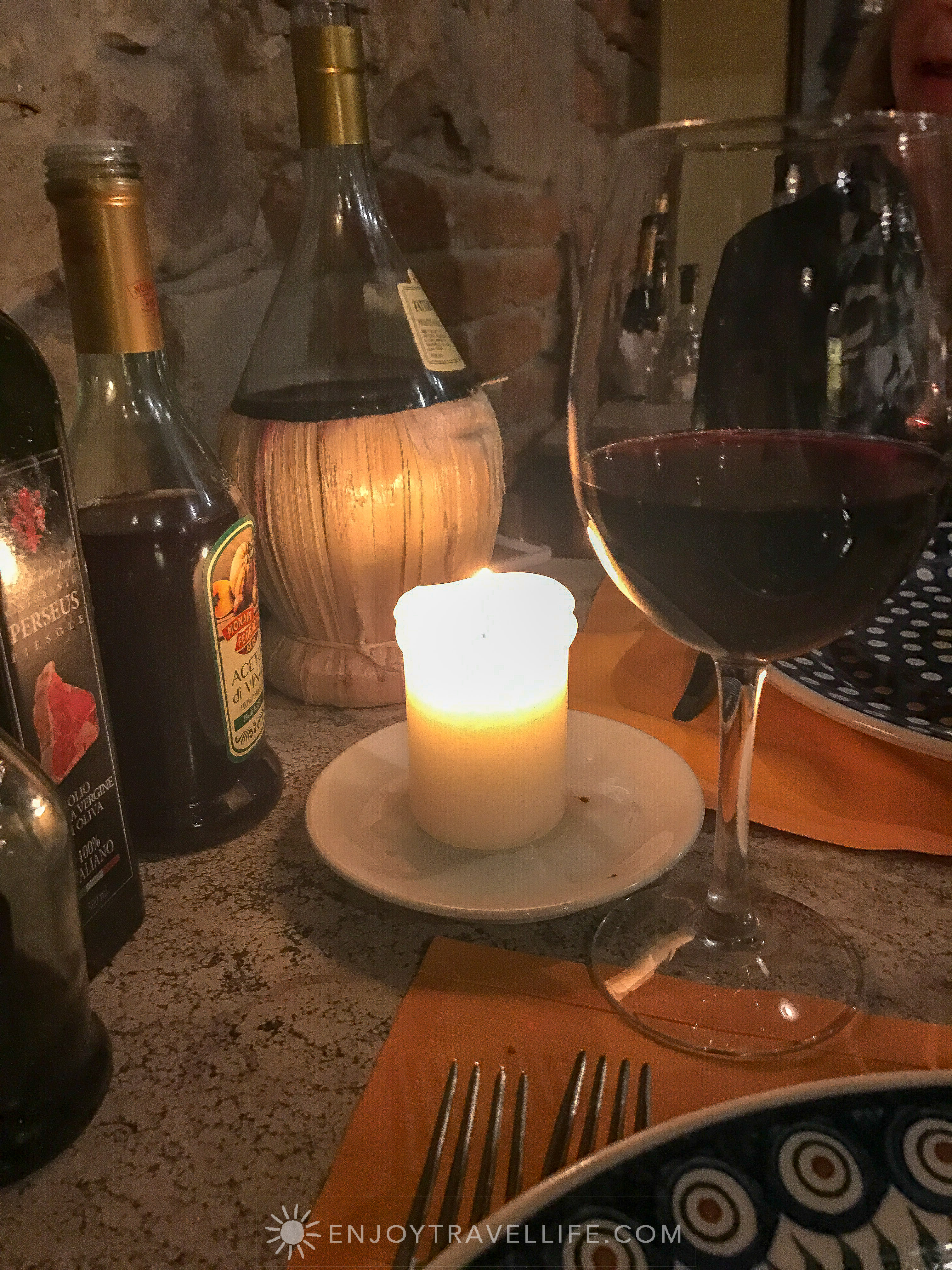 Tuscan comfort food in Fiesole at Il Fiesolano - Chianti and candlelight