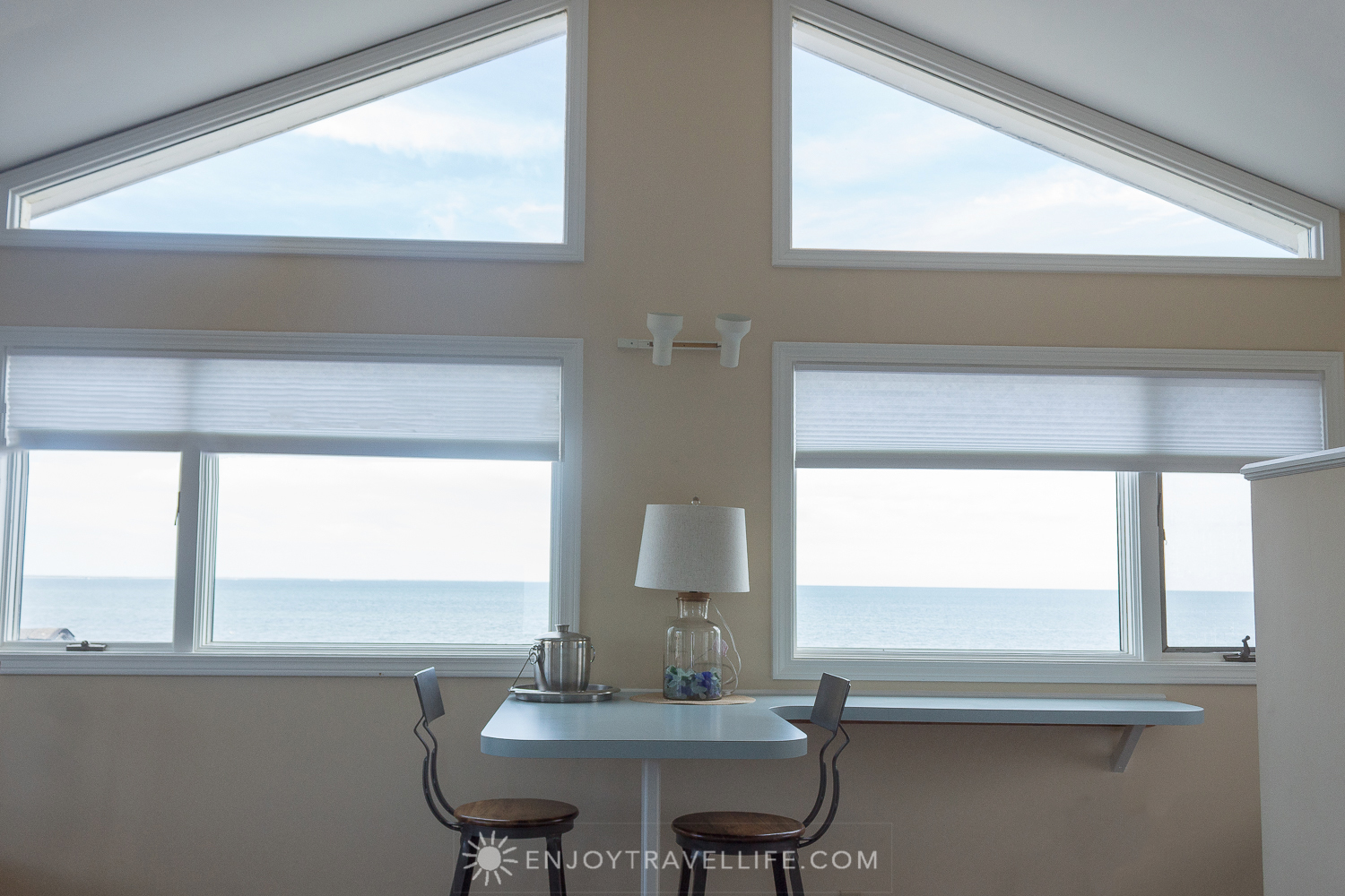 Waterfront Weekend in Chatham - Chatham Tides Inn 2 BR Suite