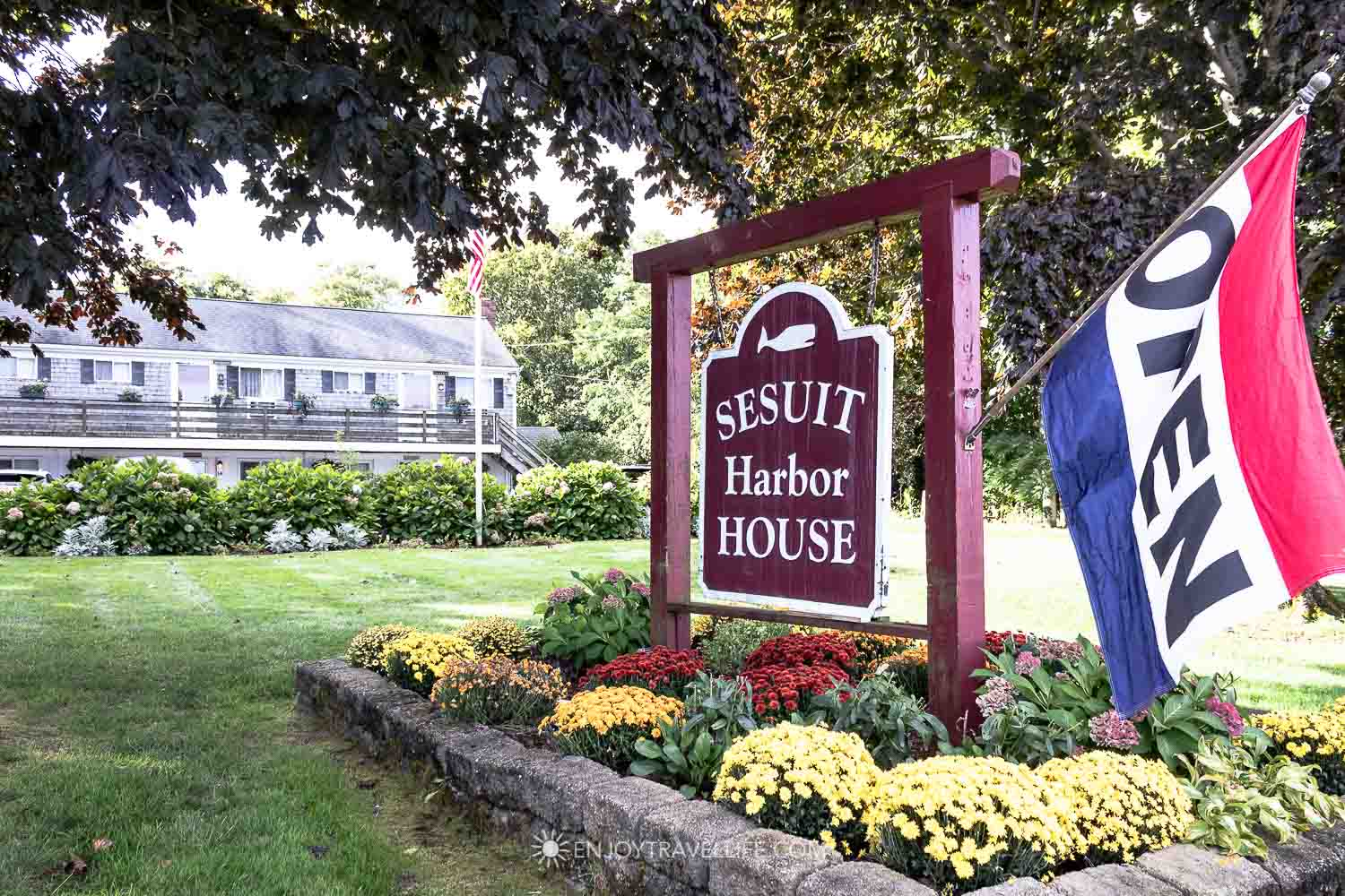 Sesuit Harbor House in Dennis MA - Cape Cod Family Resort