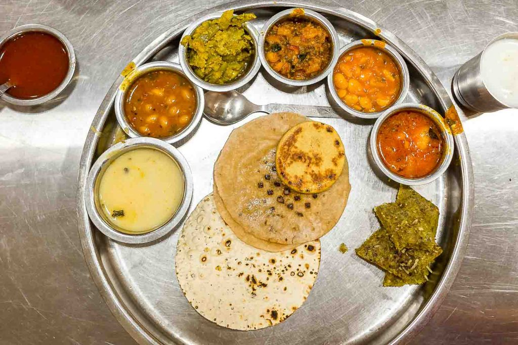 World cuisines: Gujarati Thali is an Indian food specialty | Food Tourism