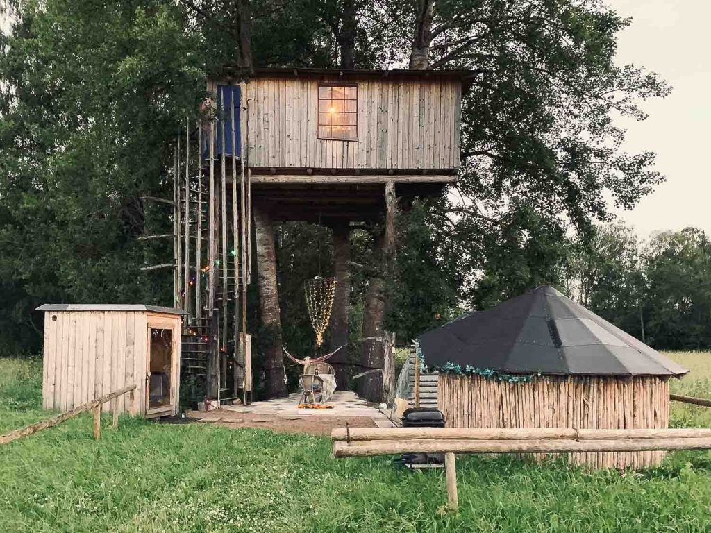 Sustainable House, cottages and cabins in nature