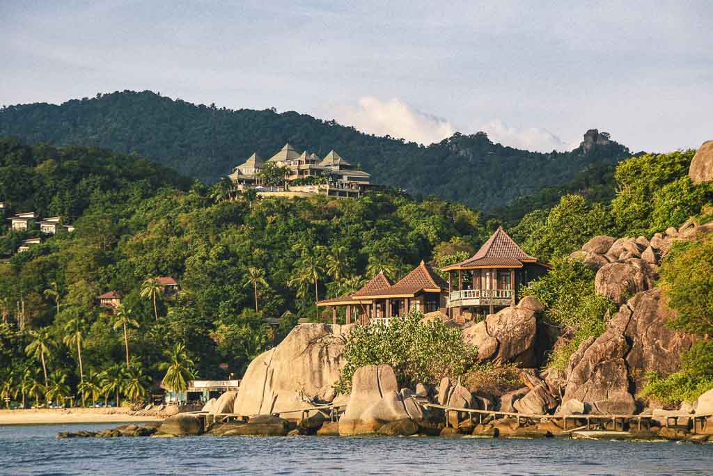 Best Place To Live In Thailand: Koh Tao or Turtle Island, houses on cliff overlooking water
