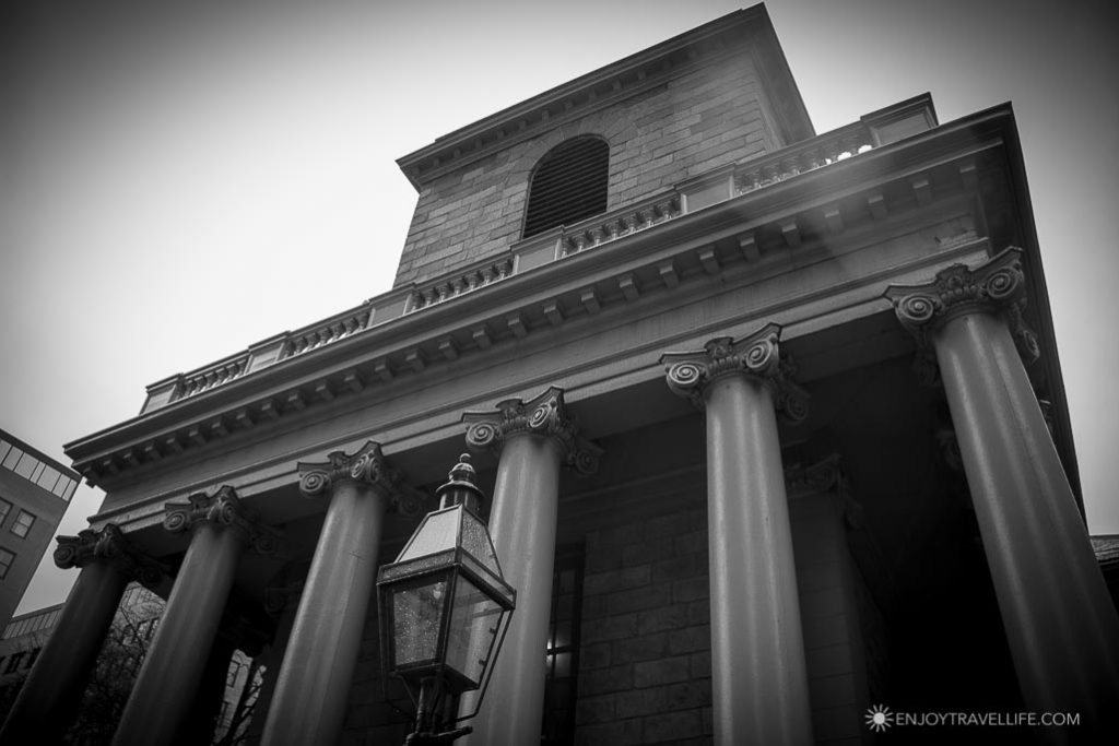 Best Haunted Houses in Boston: King's Chapel