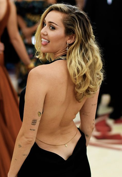 Miley Cyrus hot wallpaper, images, pictures