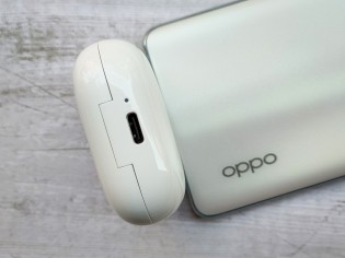 Enco W51's charging case has a glossy finish and feature a USB-C port