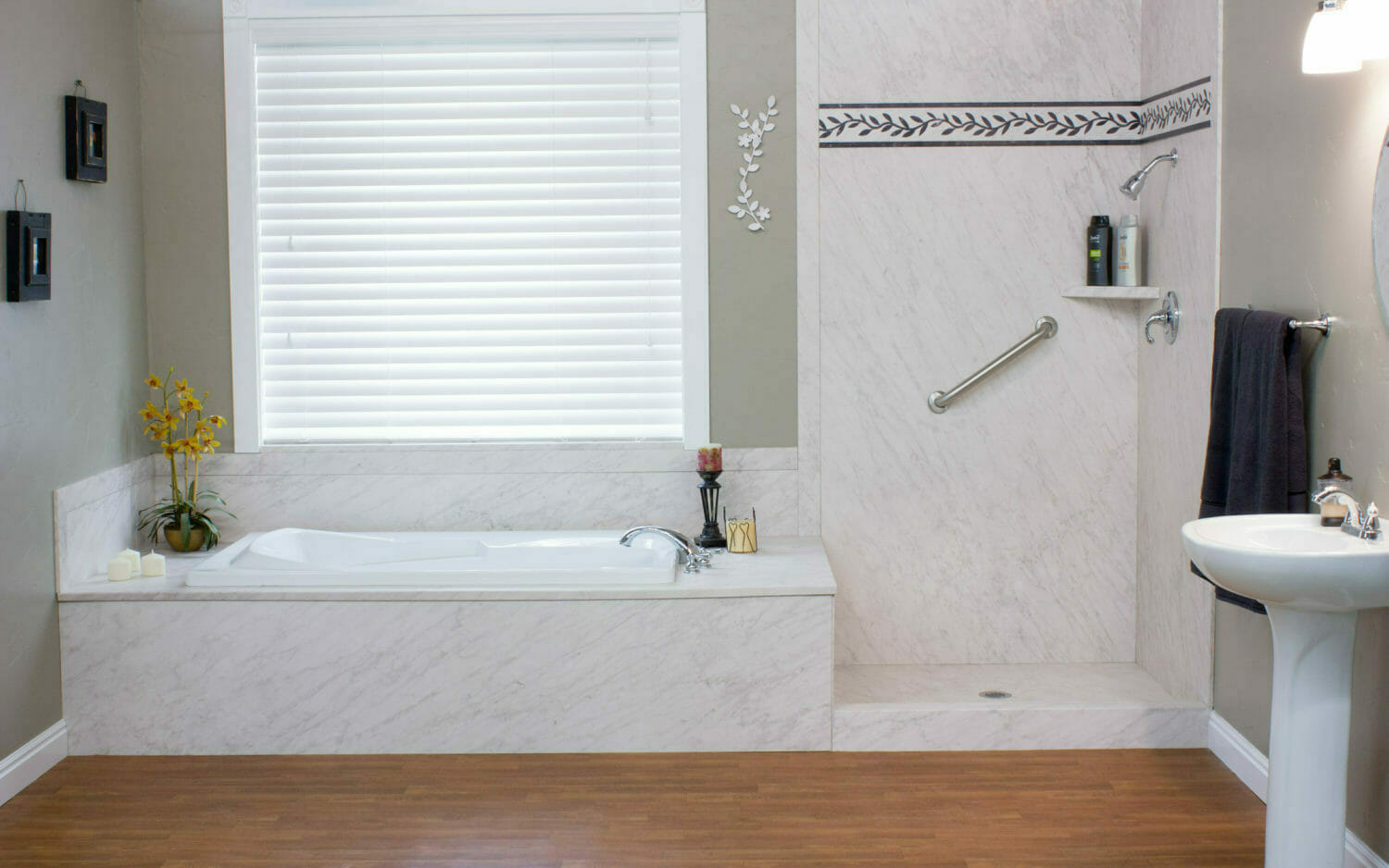 Picture of: Pros And Cons Of Converting Your Claw Foot Tub Into A Shower Tub Combo