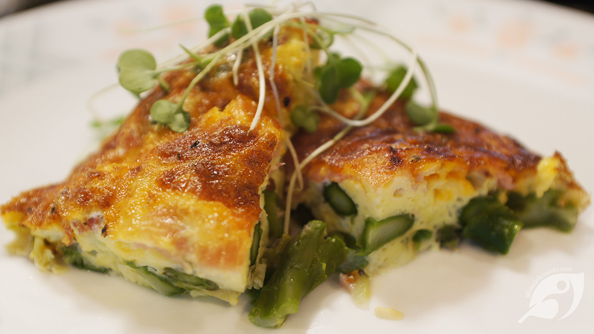 Crustless Blue Cheese, Asparagus and Ham Quiche served on a plate
