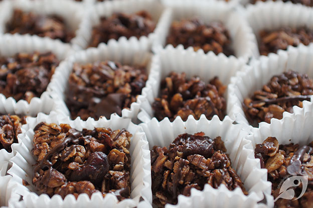 Gluten-Free Food: Maple Trail Mix Granola Bites