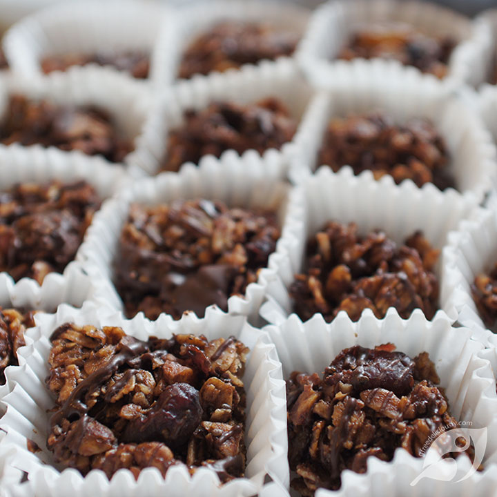Maple Trail Mix Granola Bites