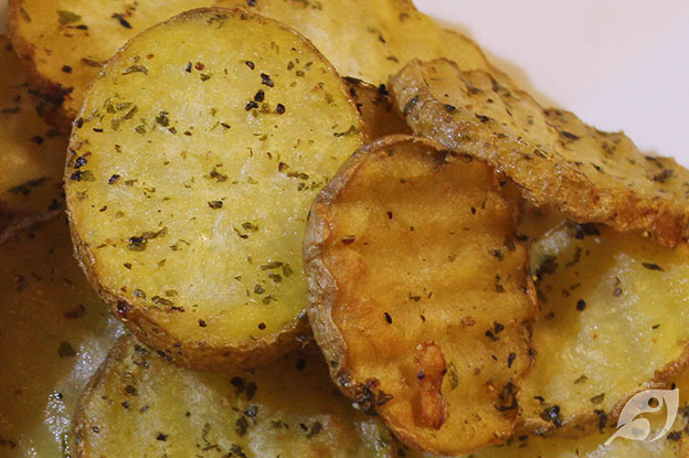 Gluten-Free Food: Crispy Double-Fried Homemade Potato Chips