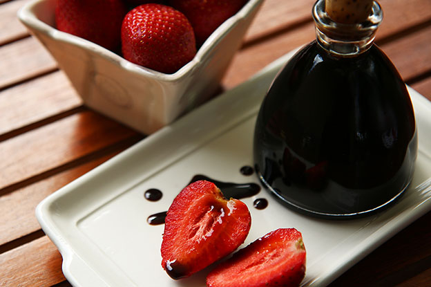 Gluten-Free Food: Strawberry Balsamic Vinegar with strawberries and balsamic drizzle