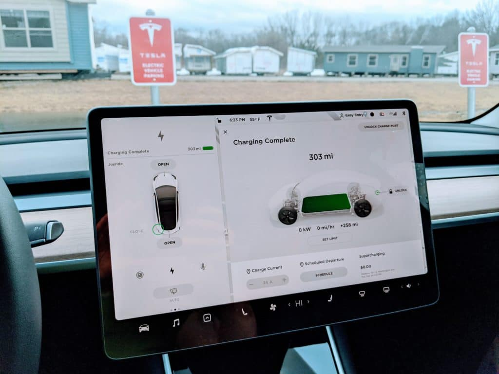 Tesla app screen stating that the charge session has completed