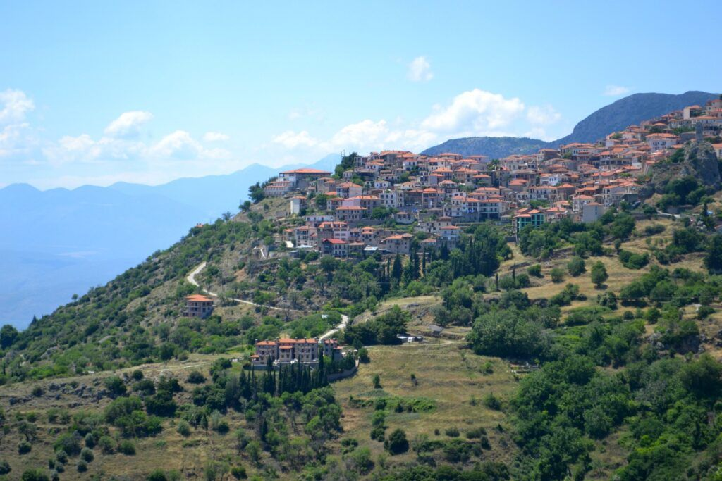 The archaelogical museum of Delphi and top things to do in the area, Arachova