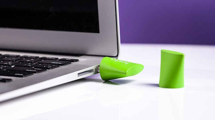 How To Install Windows 10 from USB with Flash Drive,usb flash drive