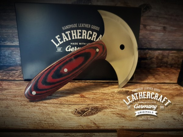 leather knife