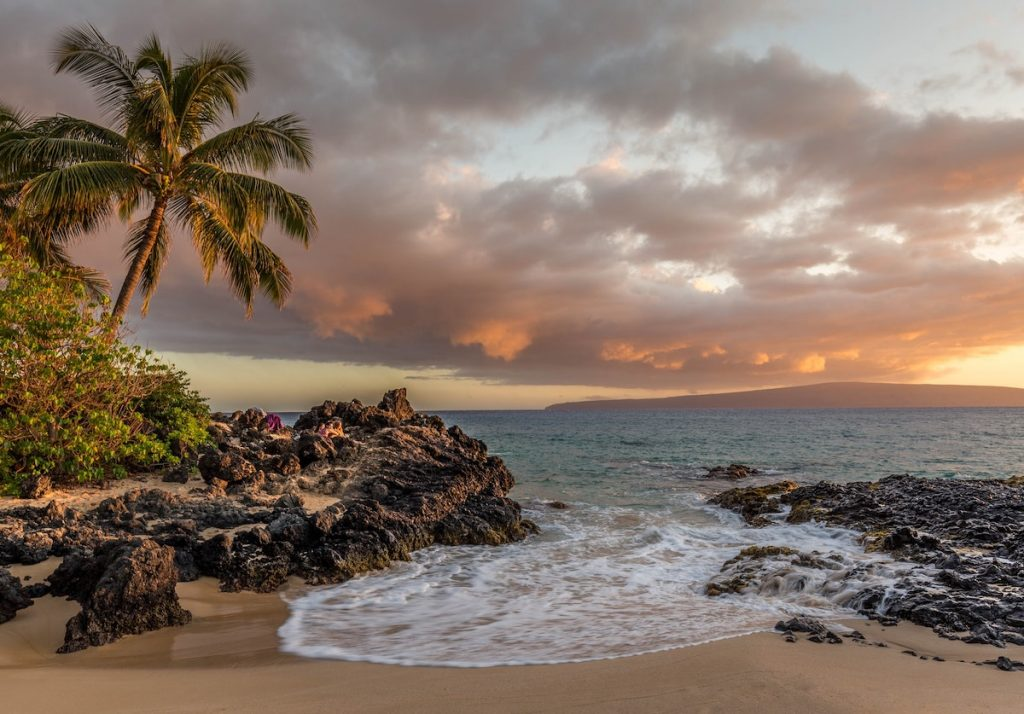 Hawaii honeymoons main image sunset