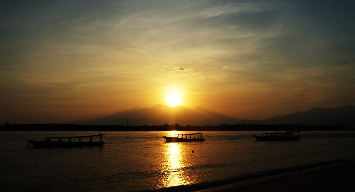 You can only see this kind of sunrise from Gili Trawangan.