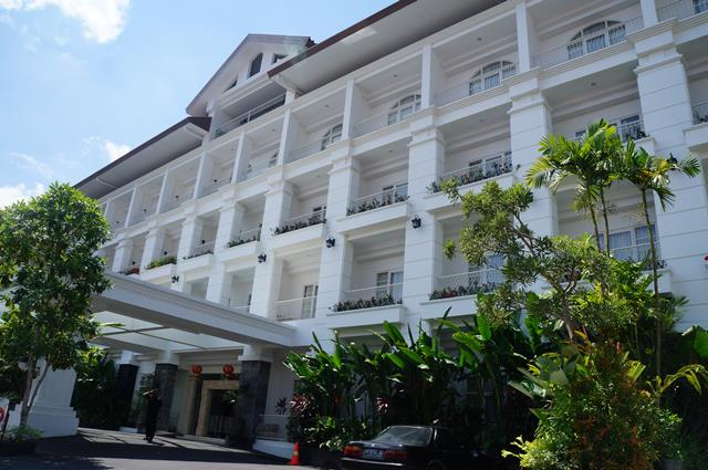 Gallery Prawirotaman Hotel is Western style designed, but with asian taste.