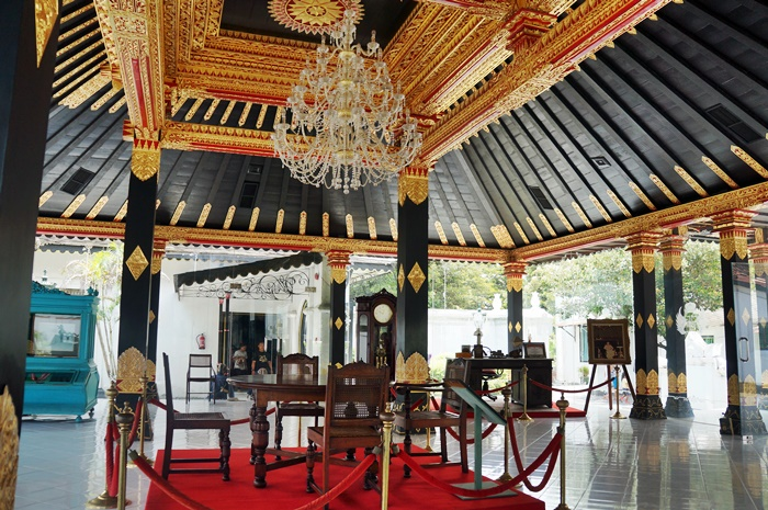 a special room built to honor the Sultan Hamengku Bowono IX