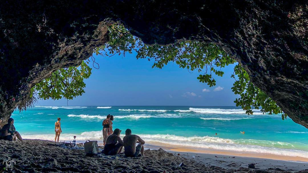 1. Green Bowl Beach, South Bali hidden beach ! via @nanimgram