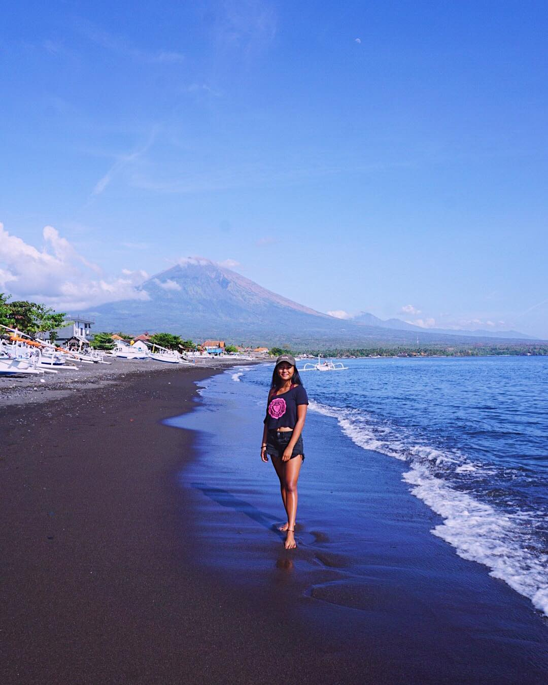 9. Amed Bali secret beach, East Bali hidden beach! via @karliiiiitaa