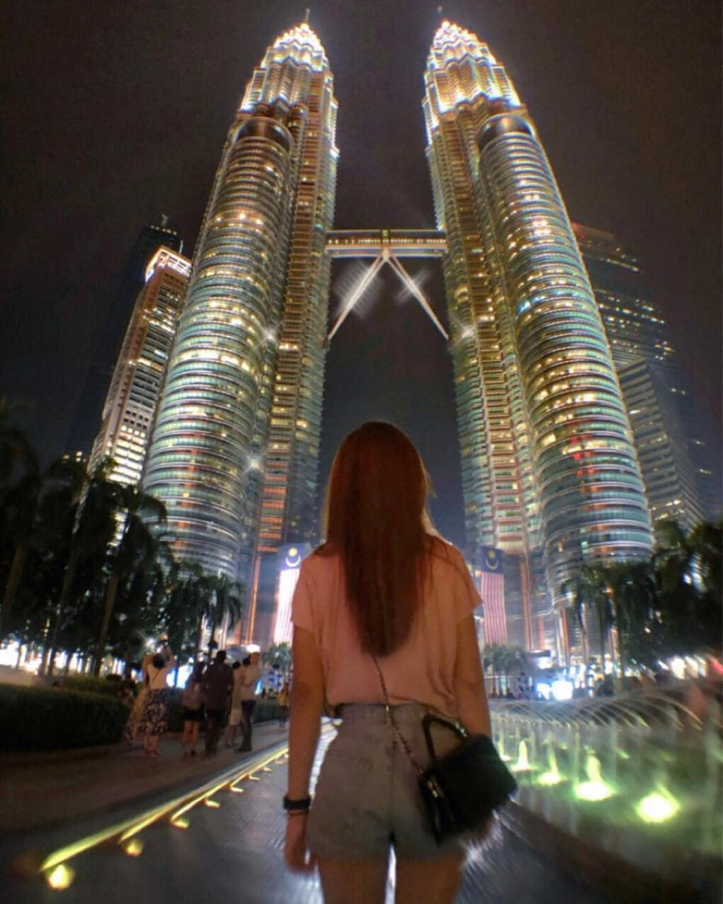 Petronas Twin Towers, Most PopularTourist Attractions In Malaysia