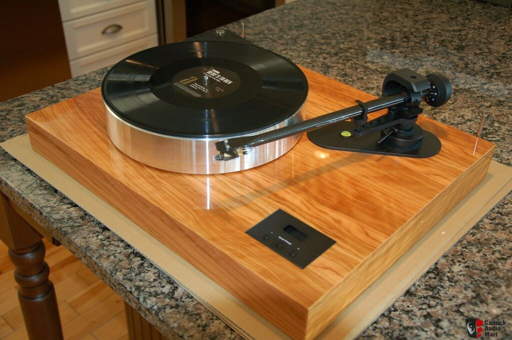 Pro-Ject Xtension 10 Evolution Olive