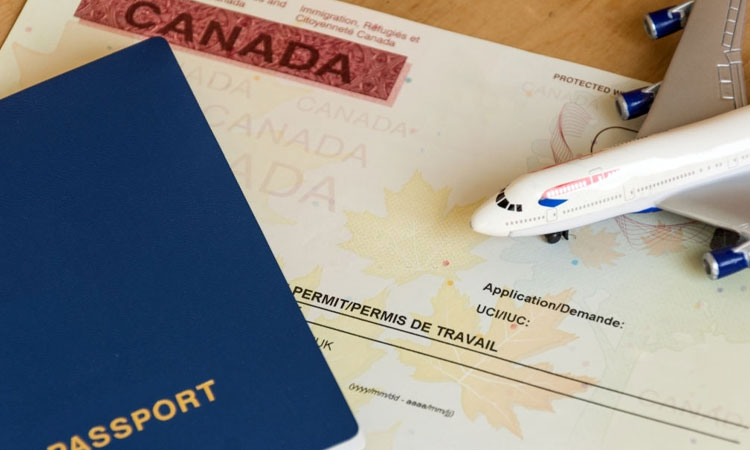 Visitor Visa Extension Reasons in Canada: What Should You Know