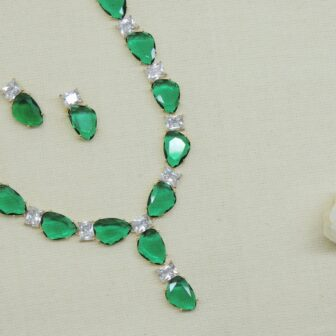 Statement Bottle Green Colour Stone Necklace With Studs 1