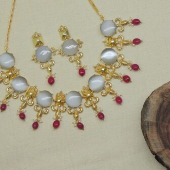 Handmade Gold Plated Grey Stone Ruby Mani Necklace With Earrings 1