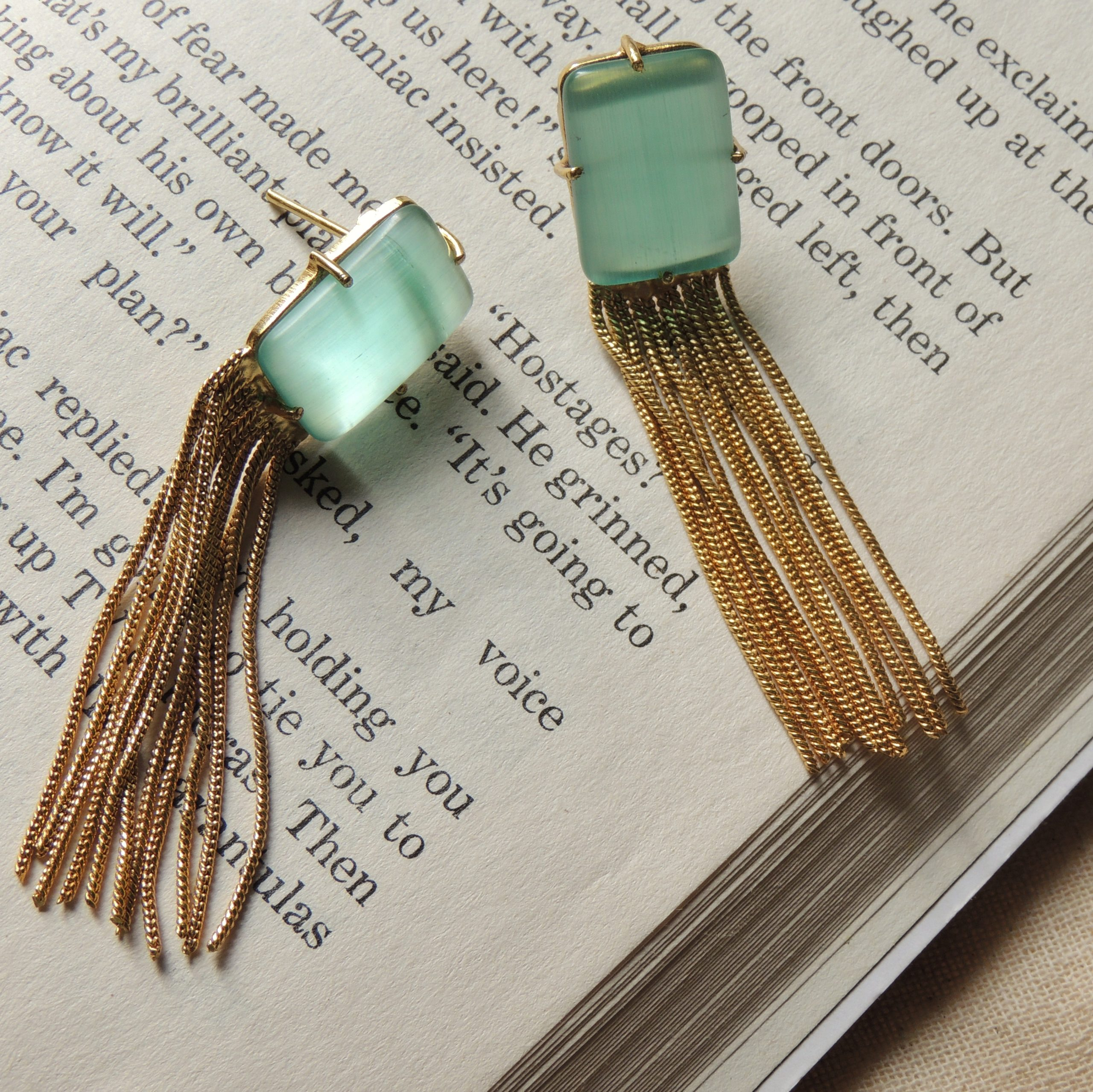 Mint Octo Gold Chain Earring 2