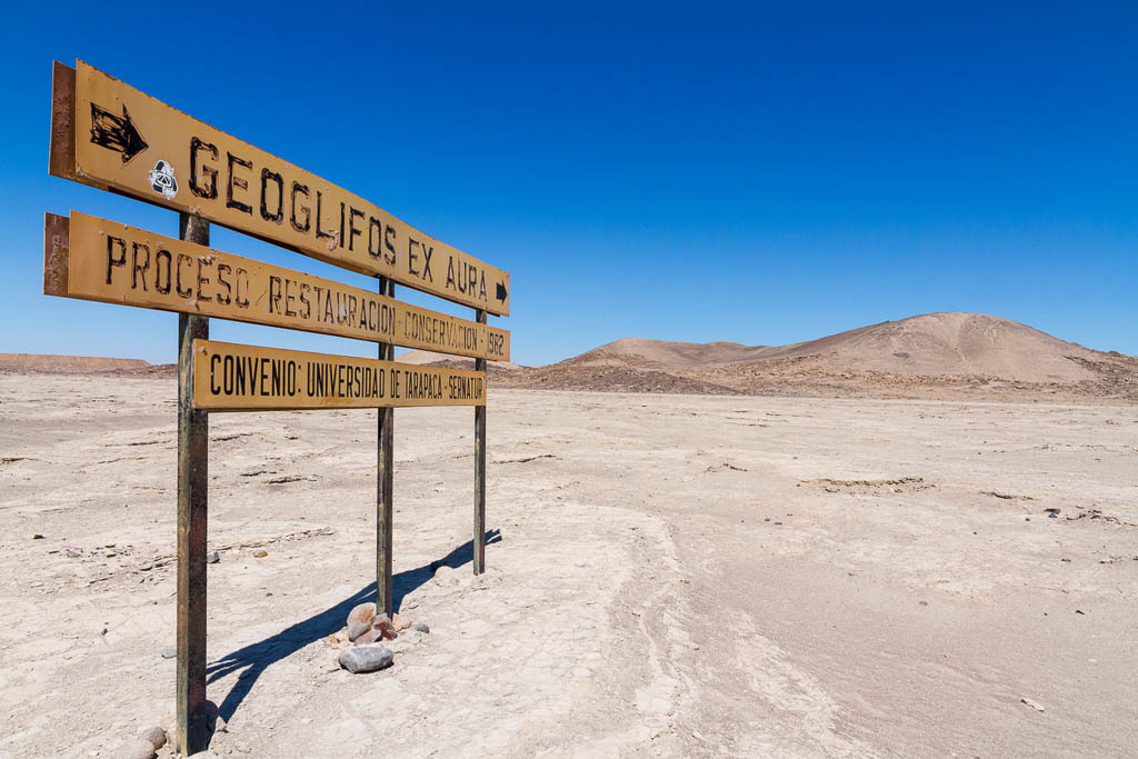 Sign in the Atacama Desert showing the way to Geoglyphes / Nazca Lines