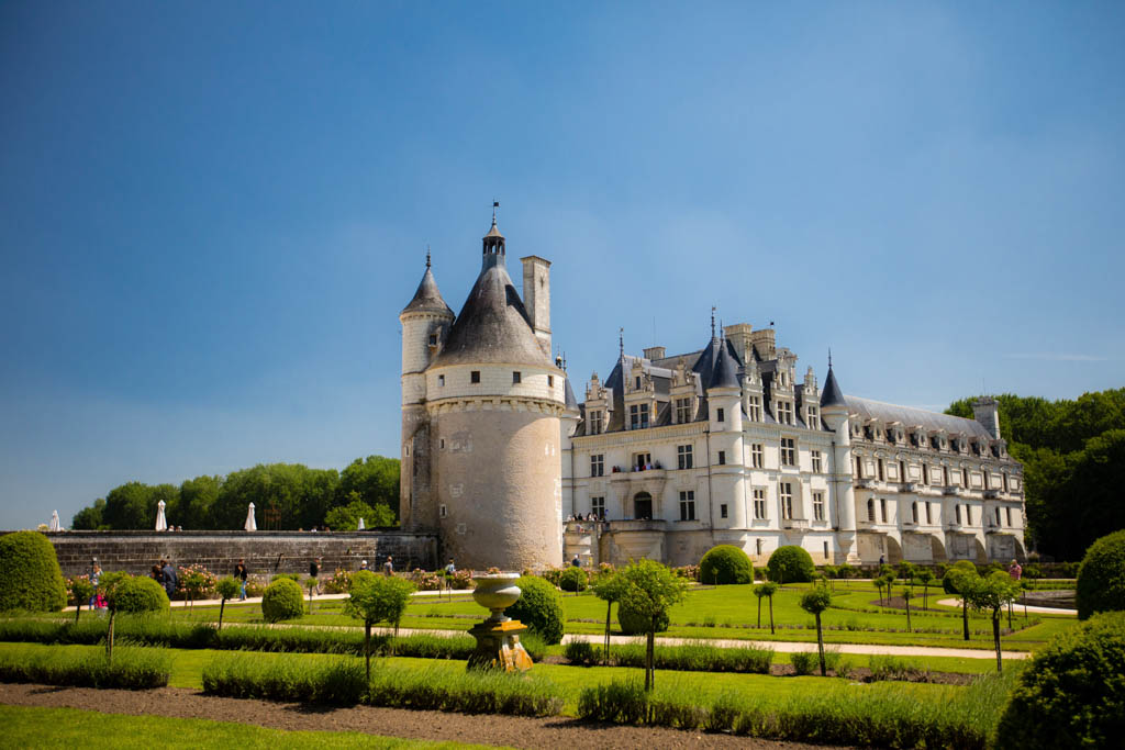 Chenonceau from the garden of Medicis