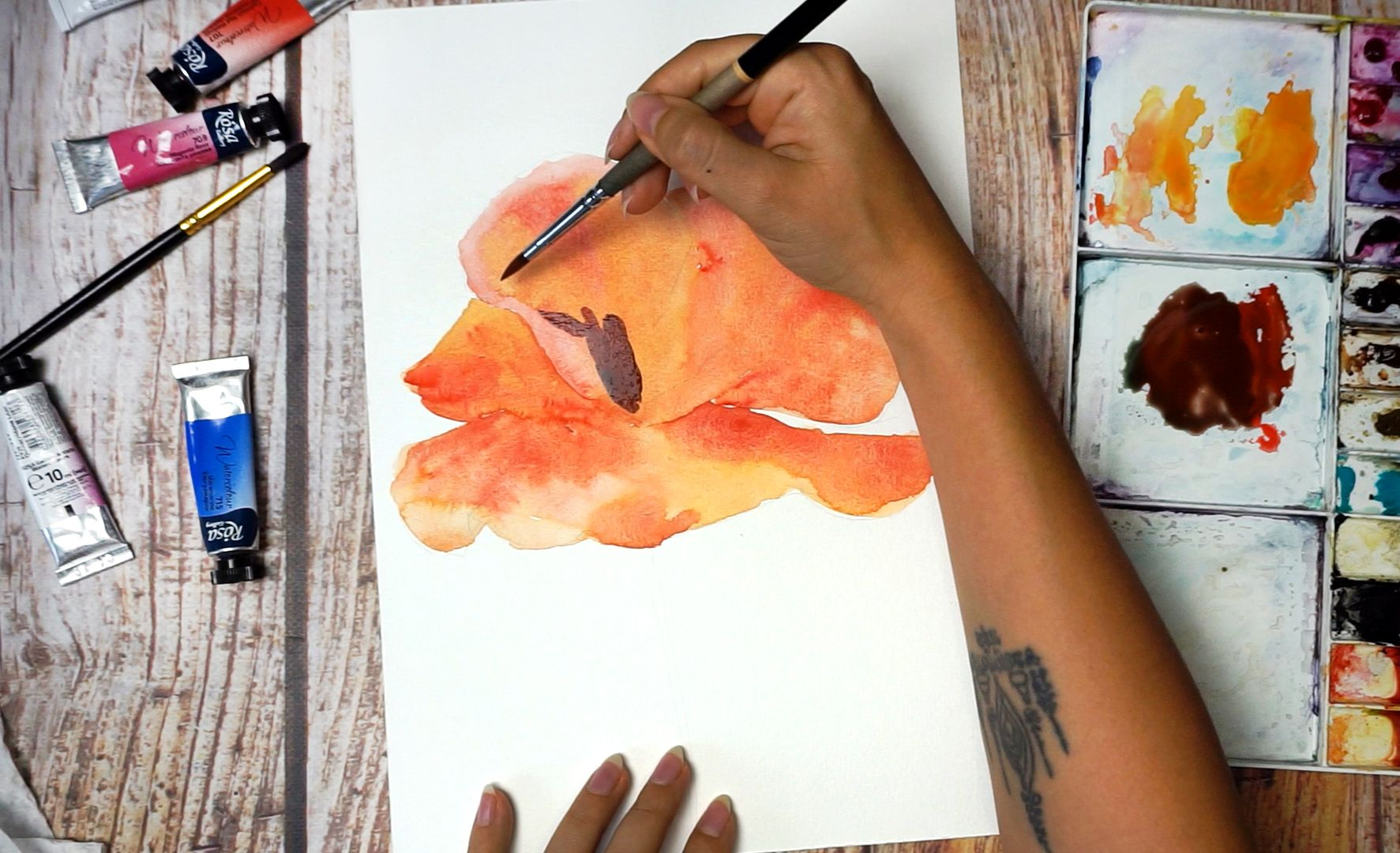 Paint a poppy flower with watercolor step by step 9