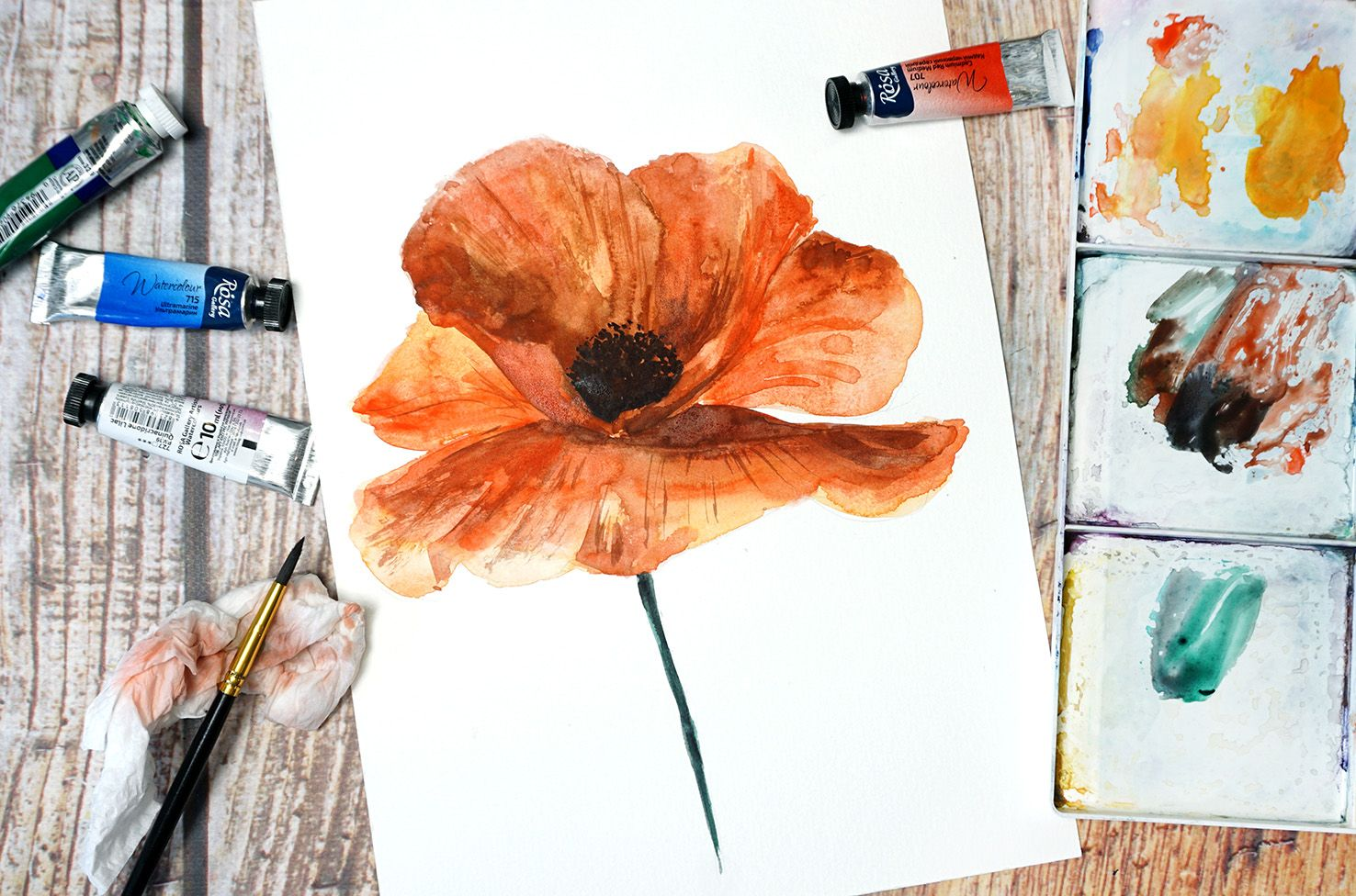 Paint a poppy flower with watercolor step by step