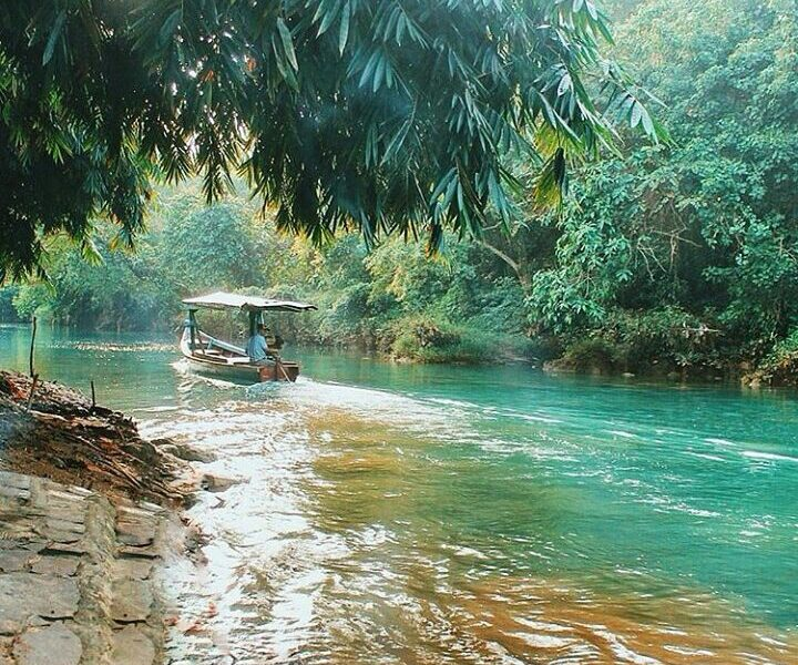 #exploresukabumi today's featured photograph is taken by  at Cikaso River, #Sura...