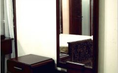 Dressing Table with Long Mirrors