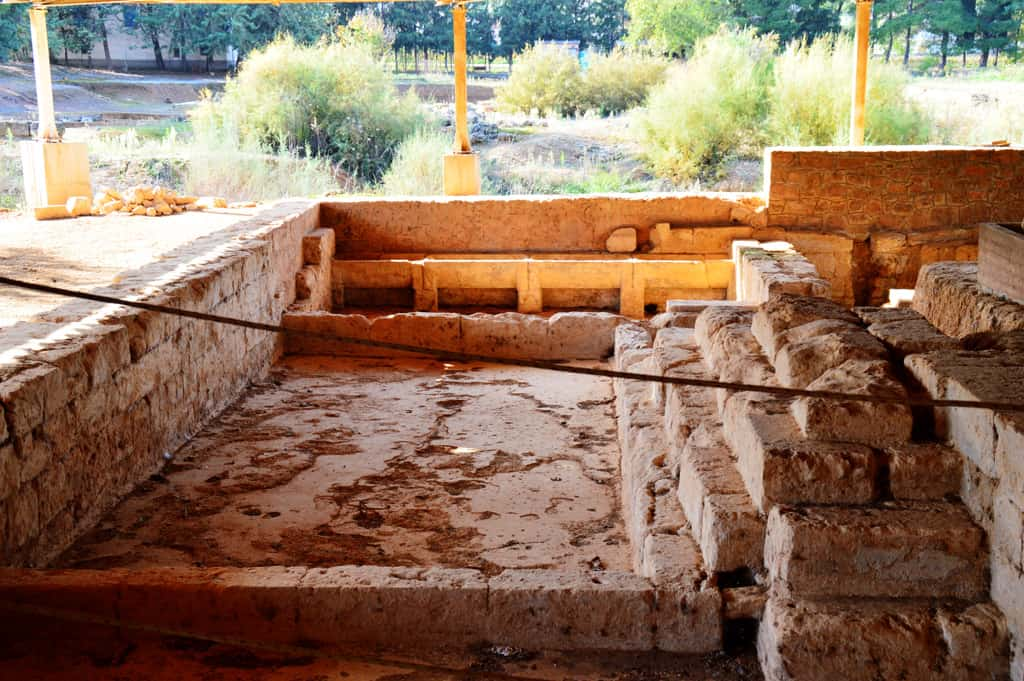 Nemea Zeus temple baths