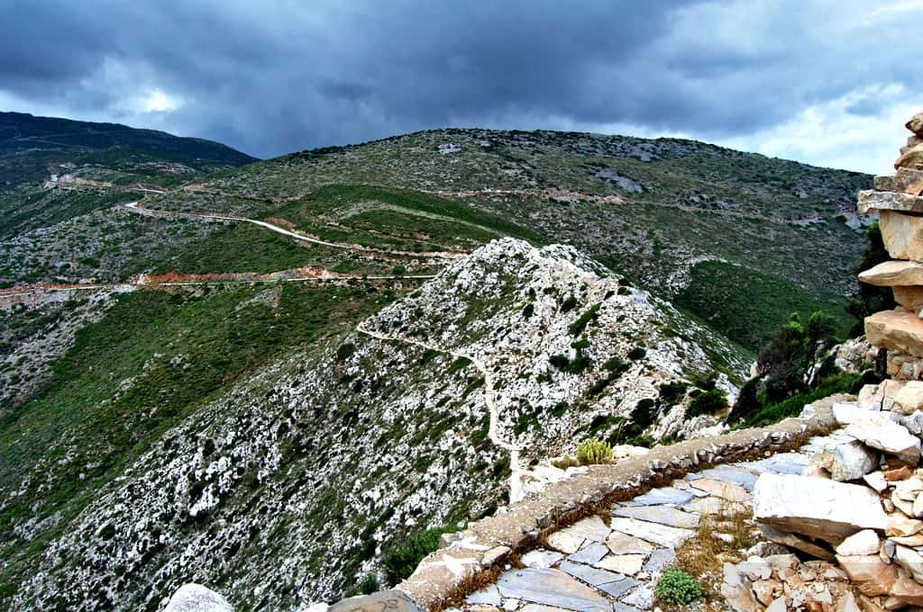 The path to Paleokastro - Ios Greece