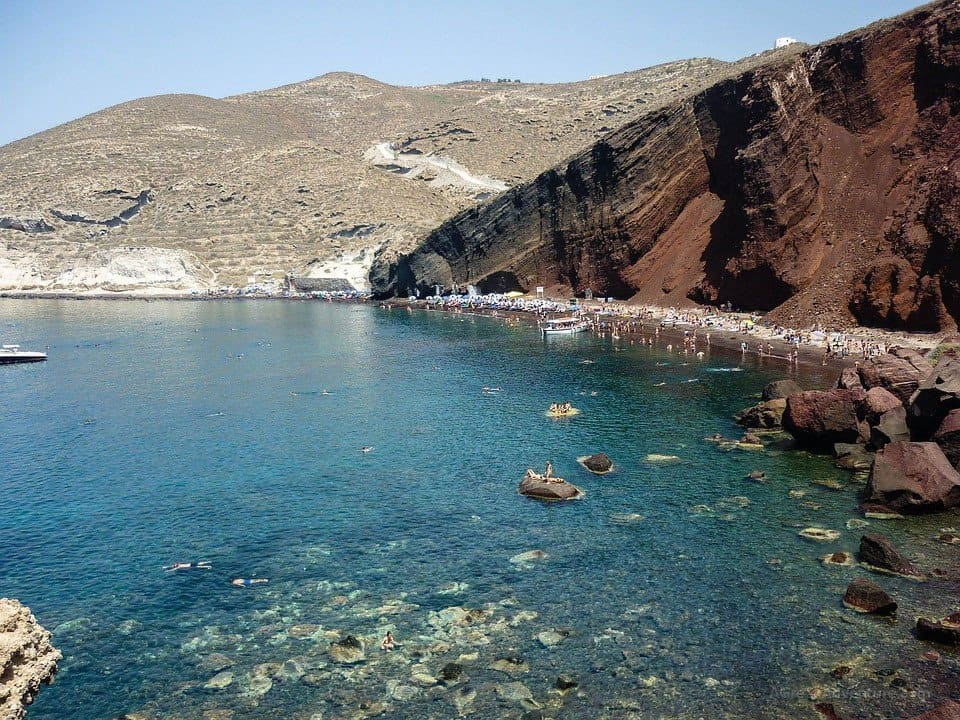 Best Santorini Beaches Increasingly Gaining Popularity - Best Greek Islands for Couples