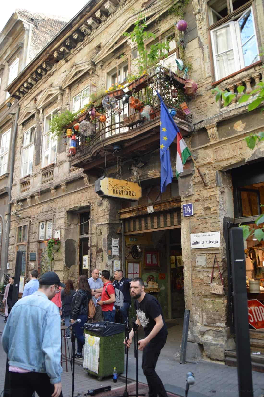 How to Eat the Best Food in Budapest Hungary
