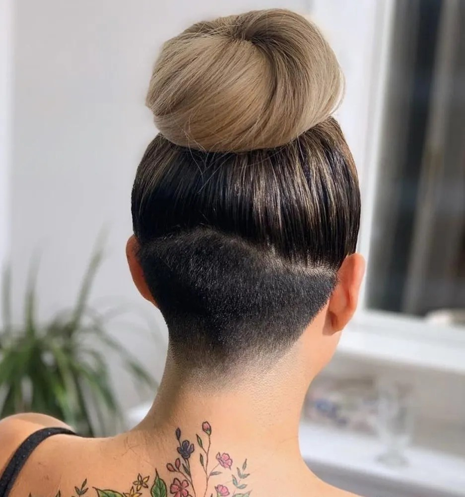 Let's face it, we all get old but we can choose to ignore that, embrace it or try to hold it off. 40 Hot Undercuts For Women That Are Calling Your Name Hair Adviser