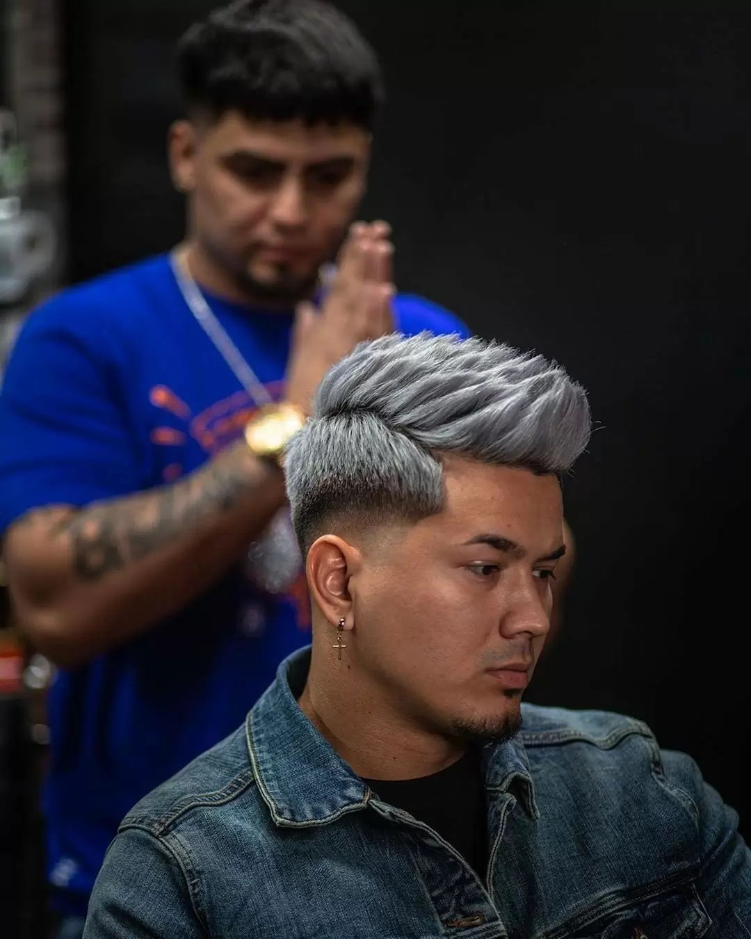 Contrary to popular belief, a hairstyle doesn't have to be long to have tons. 35 Disconnected Undercut Hairstyles For Men And Asian Haircuts