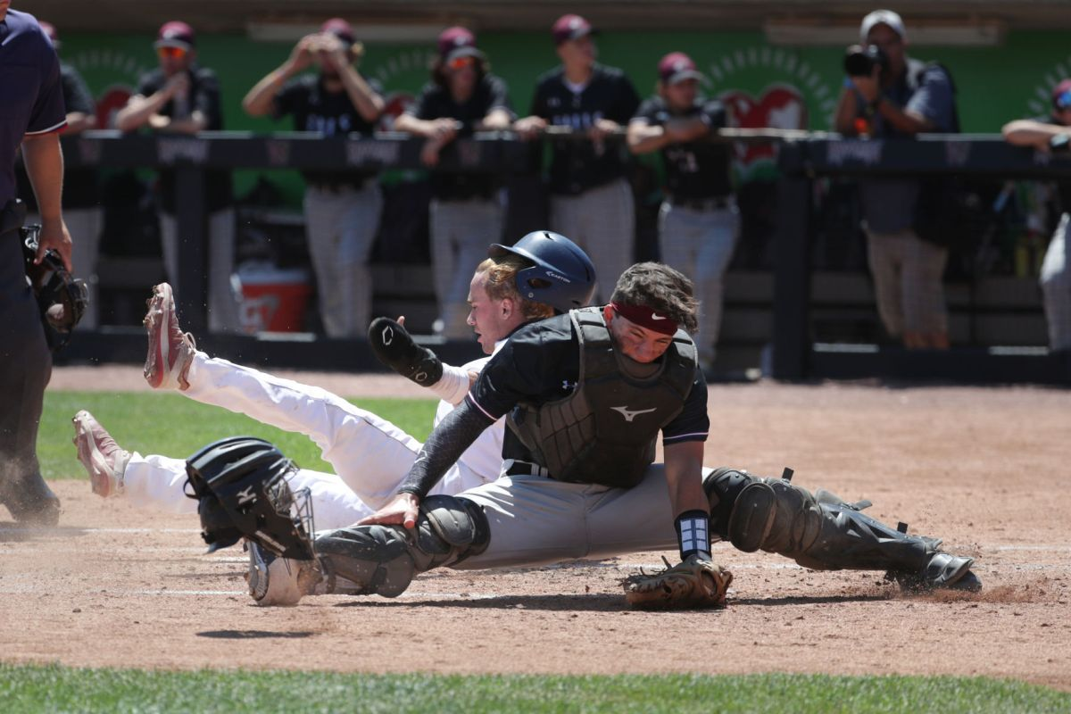 Feel free to always send your scores and highlights in to sroka@prepbaseballreport.com or tweet to @pbrwisconsin. Error Filled 10 Run First Inning Propels Sun Prairie To Wiaa Division 1 Baseball Semifinal Win High School Baseball Madison Com