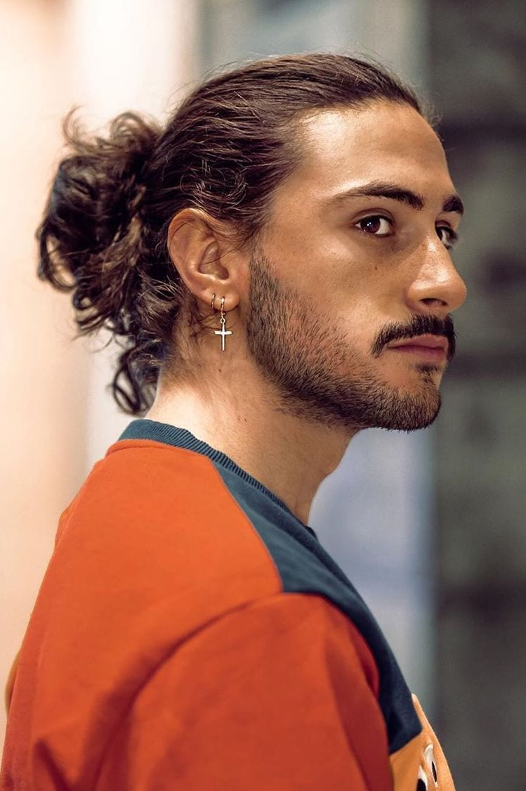 You the option of styling many hairstyles, including the hipster man bun. 7 Types Of Man Bun Hairstyles Gallery How To