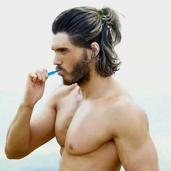Hair with a bit of curl and wave is best sho. 51 Hairstyles For Men With Long Hair In 2021