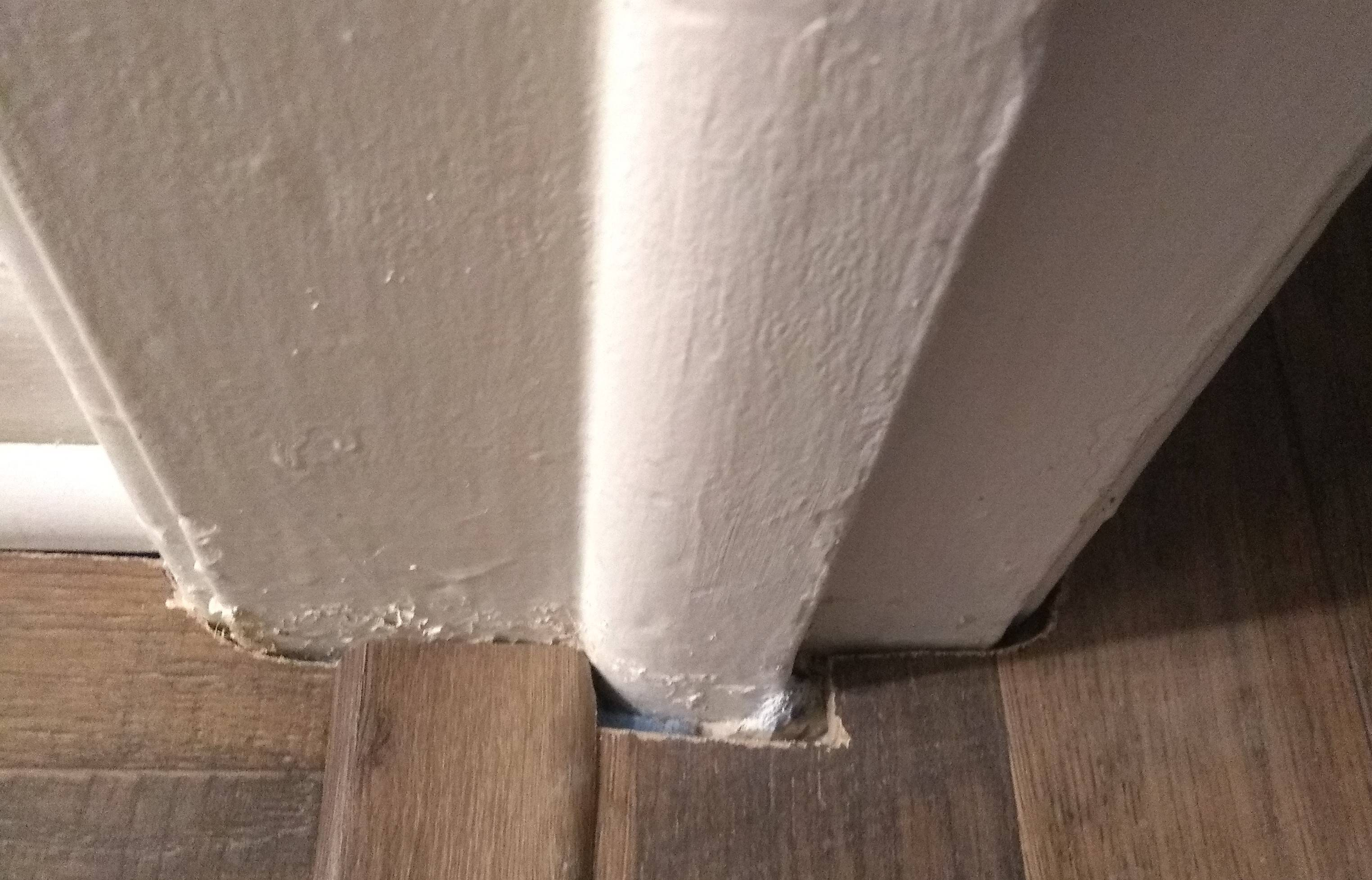 26/6/2020· when it comes to installing wood and laminate flooring around door frames, the method you use can either make or break your flooring installation. Laminate Flooring Finishing Around Door Jam Home Improvement Stack Exchange