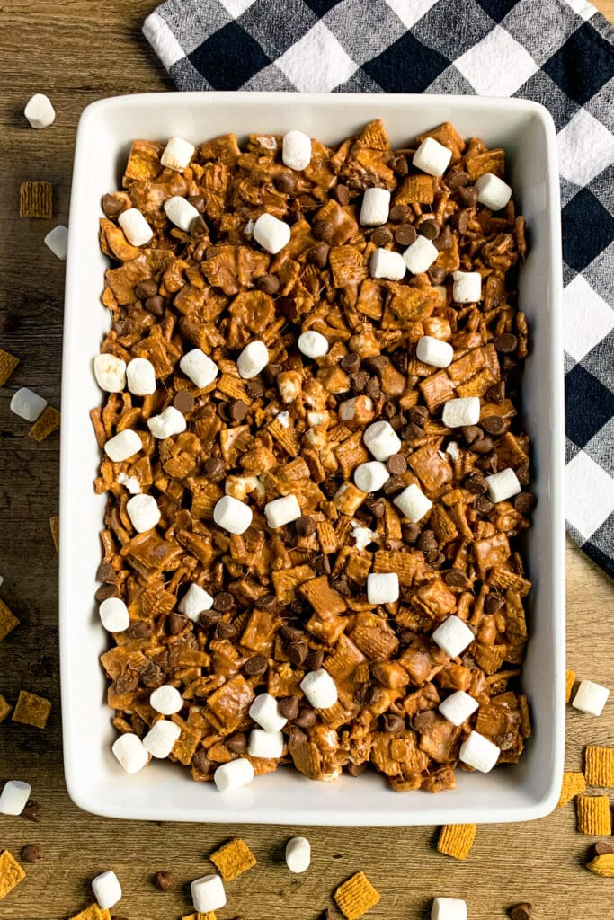 No-bake s'mores in a white baking dish.