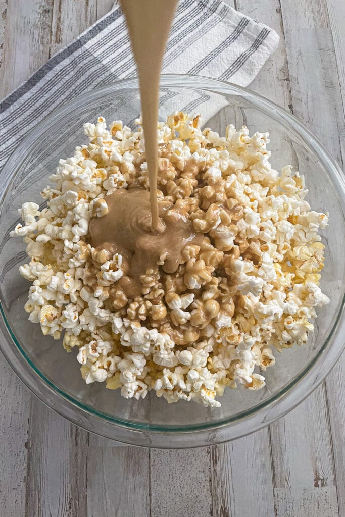 how to make the best caramel popcorn